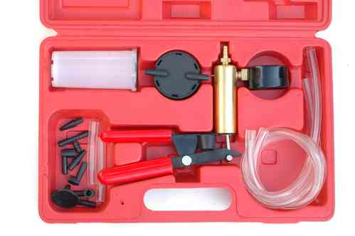 Vacuum pump, brake bleeder, vacuum tester, set in plastic case, 00663